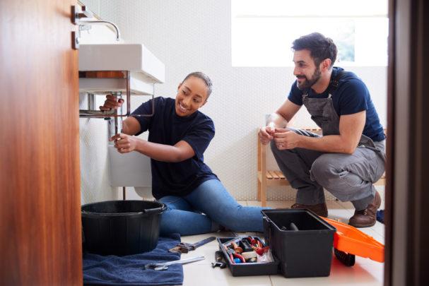PHC0821_young-female-plumbing-apprentice.jpg