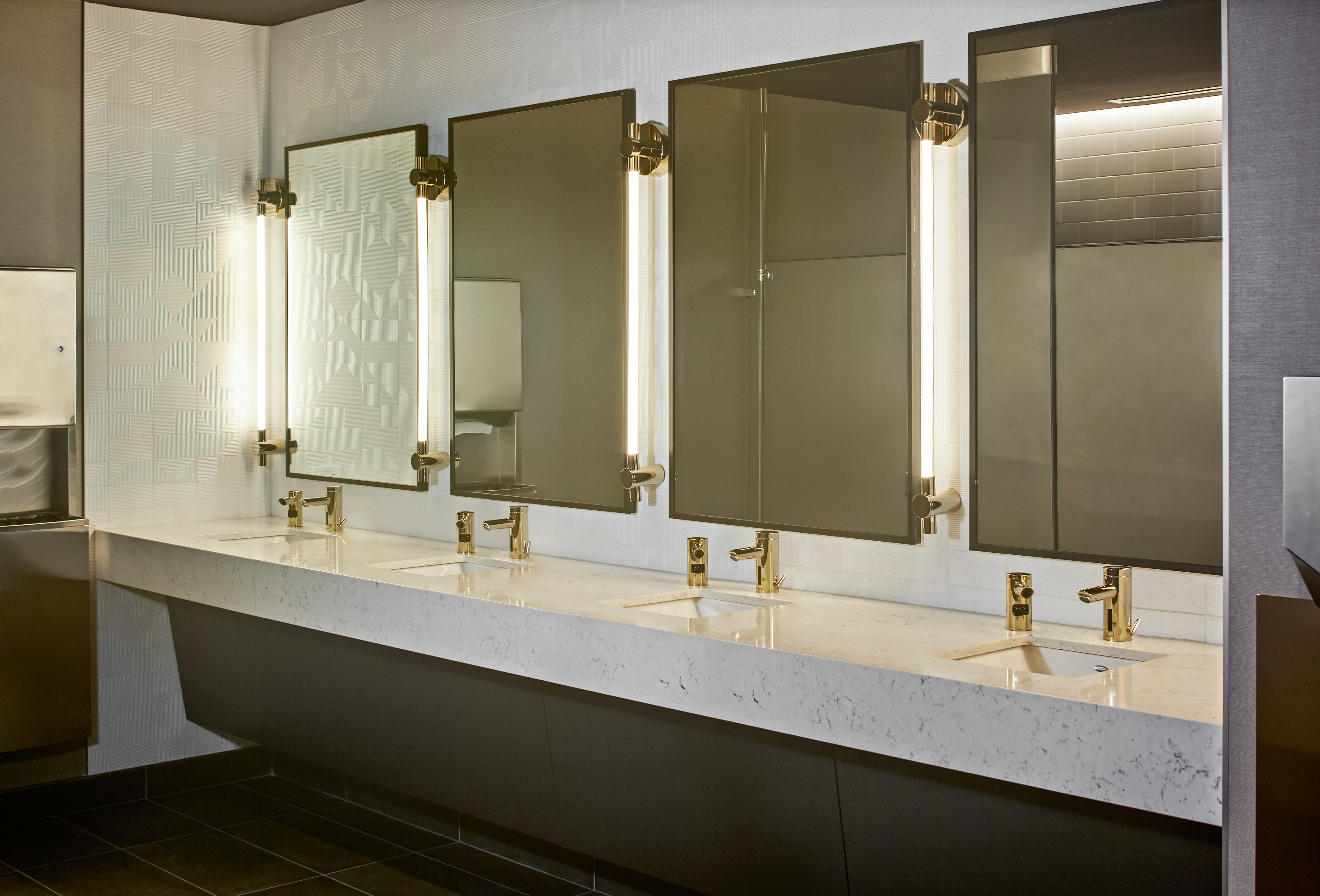 PE0821_Old-Chicago-Post-Office-bathroom-faucets.jpg