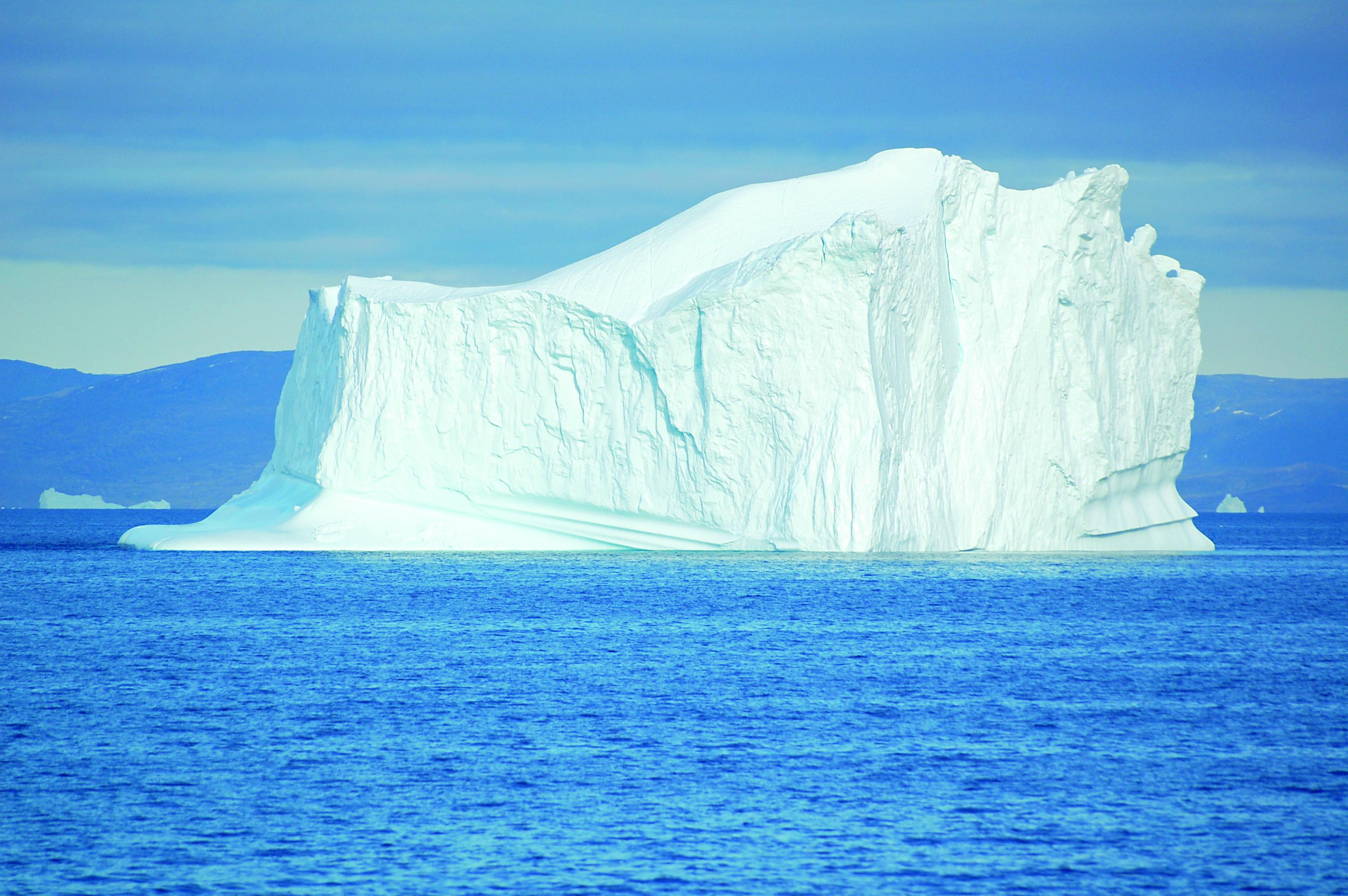 TW1021_iceberg.jpg