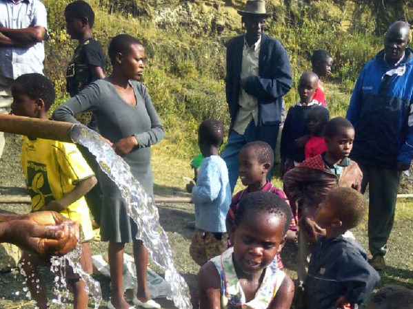 Franklin Wells for the World Foundation Provides Access to Clean Water with Solar Pumps