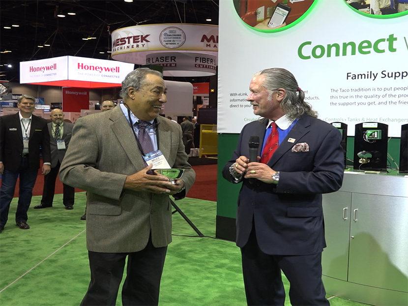Taco Presents Bruce Marshall with Dan Holohan Comfort Award at 2018 AHR Expo