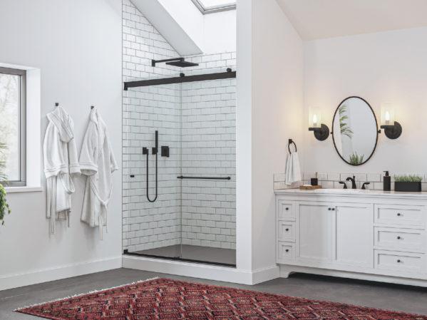 Basco Rotolo Lux Shower Door
