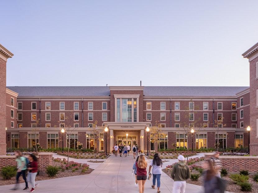 KWK Architects/TKDA Wins ACEC Grand Award for $104.5 Million Pioneer Hall Renovation