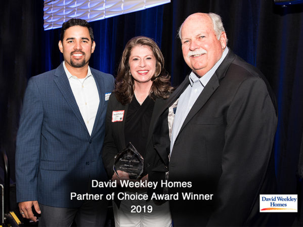 David Weekley Homes Recognizes Moen in its Partners of Choice Awards