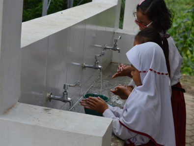 Community-celebrates-completion-of-cpc2017-projects-in-indonesia