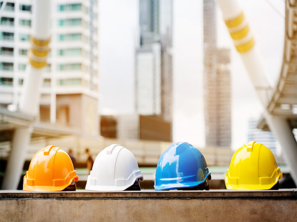 Construction workers must likely to use cocaine misuse prescription opiods