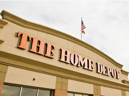 The home depot announces agreement to acquire hd supply holdings inc