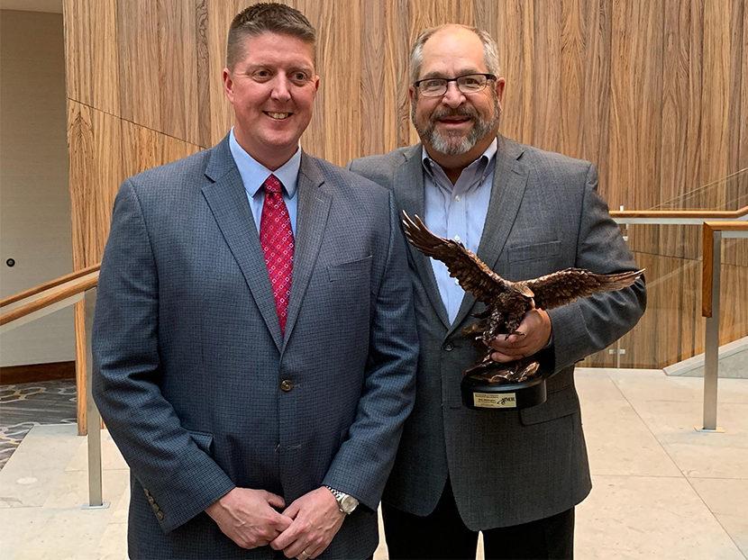 AIM/R Presents Golden Eagle Award to Elkay EVP Mark Whittington