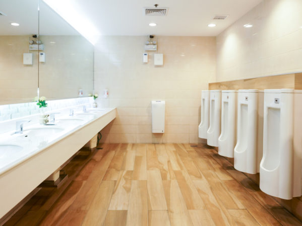 pe12_2018_restroom