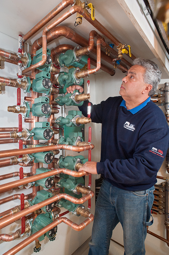 Robert Mazzoni examines hydronic fan coil